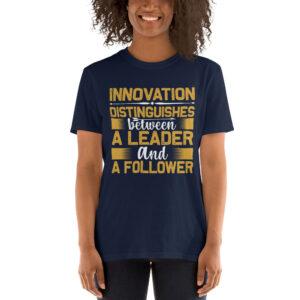 Innovation distinguishes – Camiseta unisex Gildan kp64000